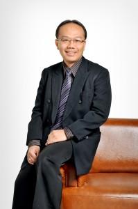 foto profil Dr. Iwan D. Gunawan